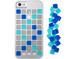Cubeit - Design your own case with these colorful interchangeable silicone cubes.