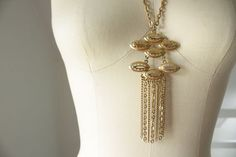 1970's gold metal chain pendant necklace by SchoolofVintage