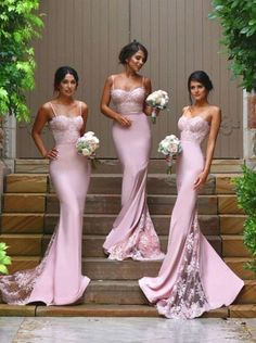 Popular Spaghetti Straps Long Chiffon Bridesmaid Dress with Lace