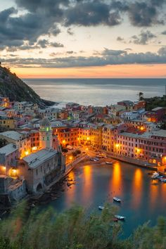 Vernazza morning _ Rosy Bermeo - Google+