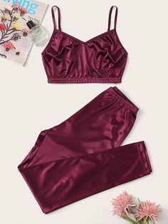 Cute Sleepwear, Sleepwear Women, Pajamas Women, Lingerie Sleepwear, Cute Pajama Sets, Cute Pajamas, Cami Tops, Teen Fashion Outfits, Girl Outfits