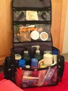 Busy homegrown kids: My thirty one deluxe beauty bag  https://www.mythirtyone.com/31artillerywife/