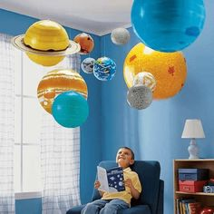 10 Pieces/Set Solar Galaxy Teaching Model Balloons Charm Simulation Nine Planets In Solar System Children Blow Up Inflatable Toypoca cosa: Space Odyssey Pinned for Kidfolio, the parenting mobile app that makes sharing a snap. Bedroom Themes, Kids Bedroom, Bedroom Ideas, Solar System Room, Science Bedroom, Outer Space Bedroom, Space Party, Kid Spaces, Kids Decor