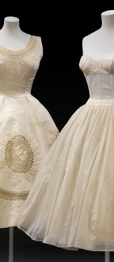"""Two evening dresses, designed by Pierre Balmain c. """" """"Pierre Balmain opened his couture house in He had previously trained alongside Christian Dior at the. Moda Fashion, 1950s Fashion, Vintage Fashion, 1950s Style, Pierre Balmain, Vintage Outfits, Vintage Dresses, 1950s Dresses, Vintage Clothing"""