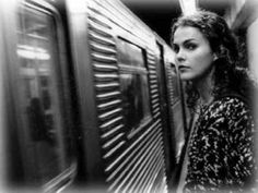 Felicity (1998-2002). WB. Starring Keri Russell, Scott Speedman, Scott Foley, Tangi Miller, Amy Jo Johnson, Greg Grunberg, Amanda Foreman, and Ian Gomez.