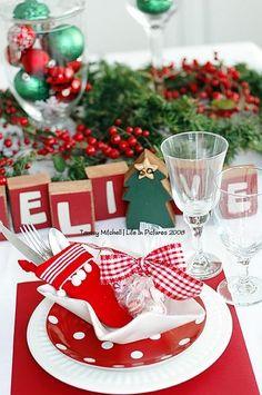 Christmas Party Table Setting #Christmas #Holidays