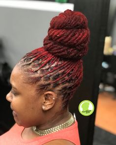 More views of the bun ❤️ Dreads Styles For Women, Natural Hair Styles For Black Women, Easy Updos For Medium Hair, Medium Hair Styles, Updo Styles, Locs Styles, African Natural Hairstyles, Hair Locks, Dreadlock Hairstyles