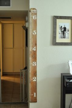 Moveable measuring board for kiddos