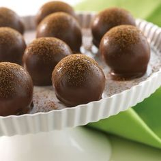 NESTLÉ® TOLL HOUSE® Chocolate Chip Cookie Truffles--The perfect truffle for the chocolate chip cookie lover! These sweet treats have a crushed chocolate chip cookie center, then they are dipped in melted semi-sweet chocolate and dusted with cocoa. Candy Recipes, Sweet Recipes, Dessert Recipes, Fudge Recipes, Dessert Ideas, Drink Recipes, Cookie Recipes, All You Need Is, Chocolates