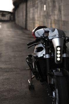 Sport Bikes and Stunt Life Motorcycle Headlight, Moto Bike, Motorcycle Bike, Cafe Bike, Cafe Racer Bikes, Cafe Racers, K100 Scrambler, Motos Retro, Best Electric Bikes