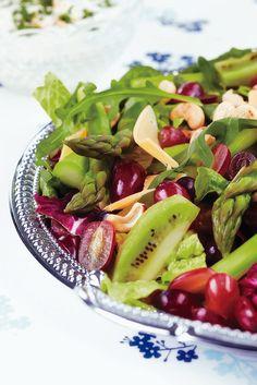 Hedelmäinen parsasalaatti | Salaatit | Pirkka #food #salads
