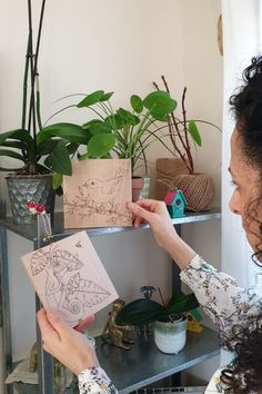 drawing and wood burning. Pyrography, Wood Burning, Planter Pots, Cute Animals, Birds, Photo And Video, Drawings, Instagram, Design
