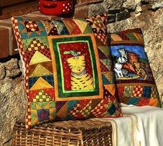 45 x 45 cm. Patchwork Cushion, Mini Quilts, Quilt Patterns, Sewing Projects, Cushions, Pillow Ideas, Throw Pillows, Handmade, Trapillo