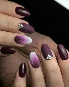 35 Trendy Purple Nail Art Designs for Do you like purple nail design? If you decide to use purple, you're in the right place. We all heard Nail Art Violet, Purple Nail Art, Purple Manicure, Manicure Colors, Matte Purple Nails, Beautiful Nail Art, Gorgeous Nails, Beautiful Images, Nail Art Designs