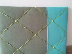 Stoer grijs/turquoise memobord
