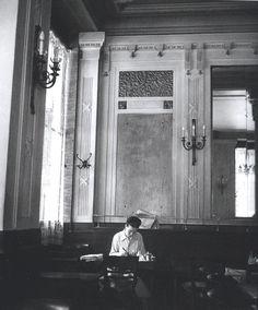 Simone de Beauvoir at les Deux Magots Paris 1944 Robert Doisneau Robert Doisneau, Urban Photography, Color Photography, White Photography, Vintage Paris, French Vintage, Isabelle Hupper, Les Deux Magots, Blaise Cendrars