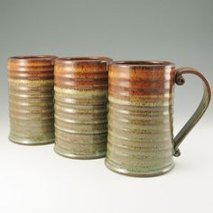 Pottery Stein, HUGE Beer Mug, Männlich32 Ounce Tankard, Honey Brown and Sage Green, In Stock