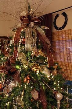 Sweet Something Designs: A Christmas Poem: My Eight Foot Tree Christmas Tree Design, Woodland Christmas, Christmas Love, Christmas Tree Toppers, Beautiful Christmas, Winter Christmas, Office Christmas, Christmas 2019, Winter Holidays
