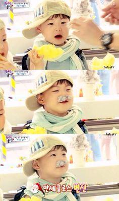 Manse Superman Kids, Song Daehan, Song Triplets, Korean Babies, Cute Songs, Celebrity Dads, Cute Kids, Baby Kids, Twins