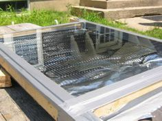 CONSTRUCT A SOLAR WATER HEATER (CHEAP)