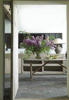 dustjacket attic: A Home In Belgium. Breathtaking.  Love the lilacs arrangement.