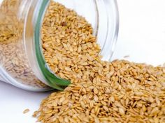 Sesame seeds may be consumed in various preparations; sesame oil is also available. Sesame seeds are very nutritious, and sesame leaves are used in various therapies. Ayurveda, Benefits Of Sesame Seeds, Sesame Seeds Recipes, Healthy Seeds, Uric Acid, Quail Eggs, Can Dogs Eat, Sem Lactose, Vegetarian