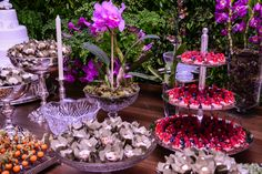 Jardim de Orquídeas na mesa do bolo - Espaço Cadoff Sorocaba.
