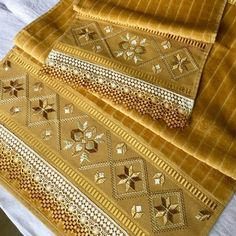 1 million+ Stunning Free Images to Use Anywhere Hand Embroidery Art, Embroidery On Clothes, Hardanger Embroidery, Ribbon Embroidery, Cross Stitch Embroidery, Machine Embroidery, Embroidery Designs, Crochet Quilt, Fashion Sewing
