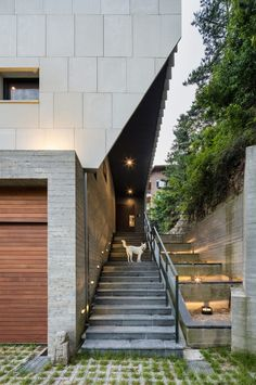 Poly.m.ur designed this house in Seoul to house three generations of the same family.