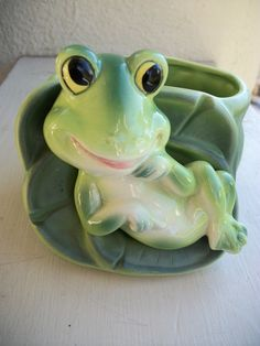 Vintage Frog Planter by 20DollaMaMa on Etsy, $6.00