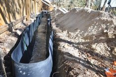 Installing a bamboo rhizome barrier