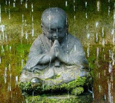 Jizo statue under the rain #mindfulness #meditation #buddhism