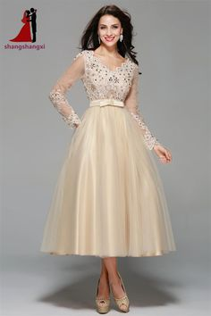 4da0dbfc019 Champagne Evening Dresses 2017 Long Sleeves V Neck Appliques Plus Size Party  Formal Dress Vestidos De Festa Robe De Soiree -in Evening Dresses from  Weddings ...