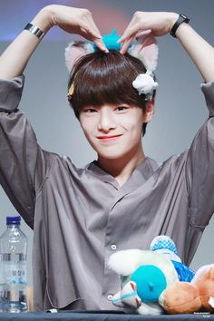 Jooheon, Lee Min Ho, Kids Wallpaper, Lee Know, Minho, Bias Wrecker, K Idols, Boys Who, Mixtape