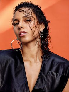 Here's How Alicia Keys Actually Feels About Makeup