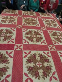 Posted by Sharon Waddell to antique and vintage quilt Facebook page