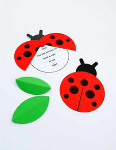 Invitación con forma de mariquita // DIY Ladybird Party Invite