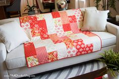 Fat Quarter Fizz: Free Quilt Pattern with Fat Quarter Shop - Fat Quarter Shop's Jolly Jabber