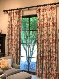 Perfectly traditional. Our client chose our cheerful Jacobean printed linen called Ophelia for her pinch pleated drapes with walnut wood hardware to adorn her guest bedroom. Drapery Styles, Jacobean, Printed Linen, Walnut Wood, Hardware, Curtains, Traditional, Bedroom, Home Decor