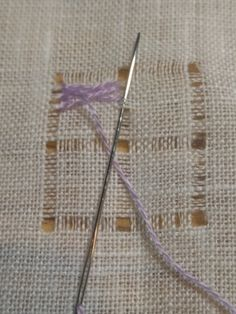 Blackwork, Drawn Thread, Embroidery Stitches, Tapestry, Angles, Google, Linen Tablecloth, Crochet House, Tambour Embroidery