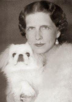 H.M. Queen Elena of Romania, née Princess of Greece and Denmark  (1896-1982)