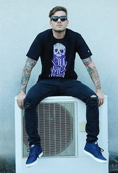 Mateus Verdelho is hawt, even when he's clothed. :P