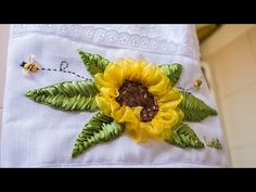 TOALLA BORDADA EN CINTAS PARA NAVIDAD/EMBROIDERED TOWEL ON RIBBONS FOR CHRISTMAS - YouTube
