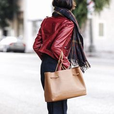 Chriselle Lim wears her von Holzhausen leather Tote in Caramel to complete this perfect fall look.