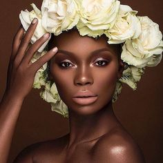 So in love with this photo! The rule is if you're ever having a bad hair day.... wear a crown of flowers x Fabulous hair for 2017 VeganGluten FreePlant based #veganbeauty #beauty #hair #melanin #modeling #darkskin #model #luxbeauty #beautiful #editorial #curlyhair #healthy #vegan #flowers #plantbased #fashion #healthyhair #stronghair #mua #hairstylist #protectivestyles #editorial #naturalbeauty #bblogger #modellife #skin #photographer #photography #afro