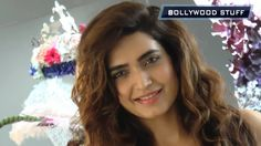 Karishma Tanna LOOK HOT at the Shane Falguni brunch for Rustomjee | Sunn...
