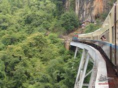 Trenes en un viaje a Birmania