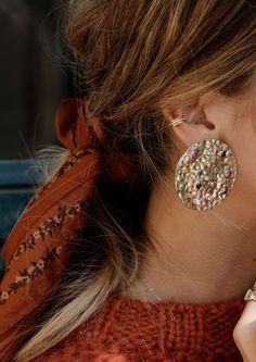 Pailletten Rock Vero Moda - DAMENFABRIK Source Accessories, Accessories jewelry, Accessories bags, b Simple Jewelry, Fine Jewelry, Women Jewelry, Jewellery, Cheap Jewelry, Silver Jewelry, Ladies Jewelry, Jewelry Making, Crystal Jewelry