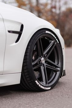 Rims For Cars, Rims And Tires, Wheels And Tires, Car Wheels, Car Accessories For Guys, Mercedes Accessories, Carros Bmw, Car Throttle, Vossen Wheels