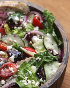Healthy Mediterranean Salad | Eat Healthy With This Delicious Mediterranean Salad